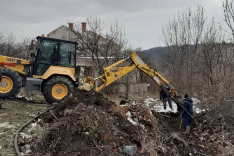 UNDER THE SUPERVISION OF THE PROSECUTOR'S OFFICE OF BIH, EXHUMATION CARRIED OUT AT THE SITE OF MALA BUKOVICA, MUNICIPALITY OF TRAVNIK; MORTAL REMAINS OF AT LEAST ONE BODY FOUND